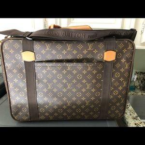 Lloyd's Vuitton luggage